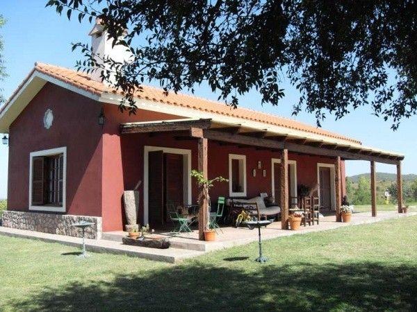 Galerias de casas de campo columnas y muebles de madera - Casas de campo bonitas ...