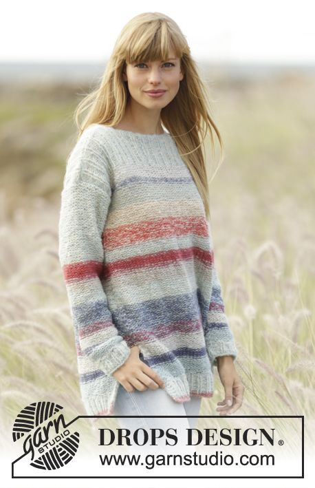 """Gebreide DROPS trui met strepen, boordsteek en splitten aan de zijkant van 2 draden """"Brushed Alpaca Silk"""". Maat: XS - XXXL. Gratis patronen van DROPS Design."""