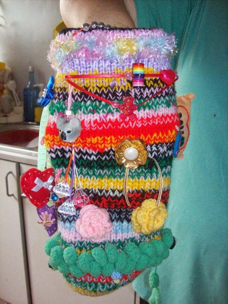 Free Crochet Pattern For Twiddle Muff : 17 Best images about Twiddle Muffs Alzheimers on Pinterest ...