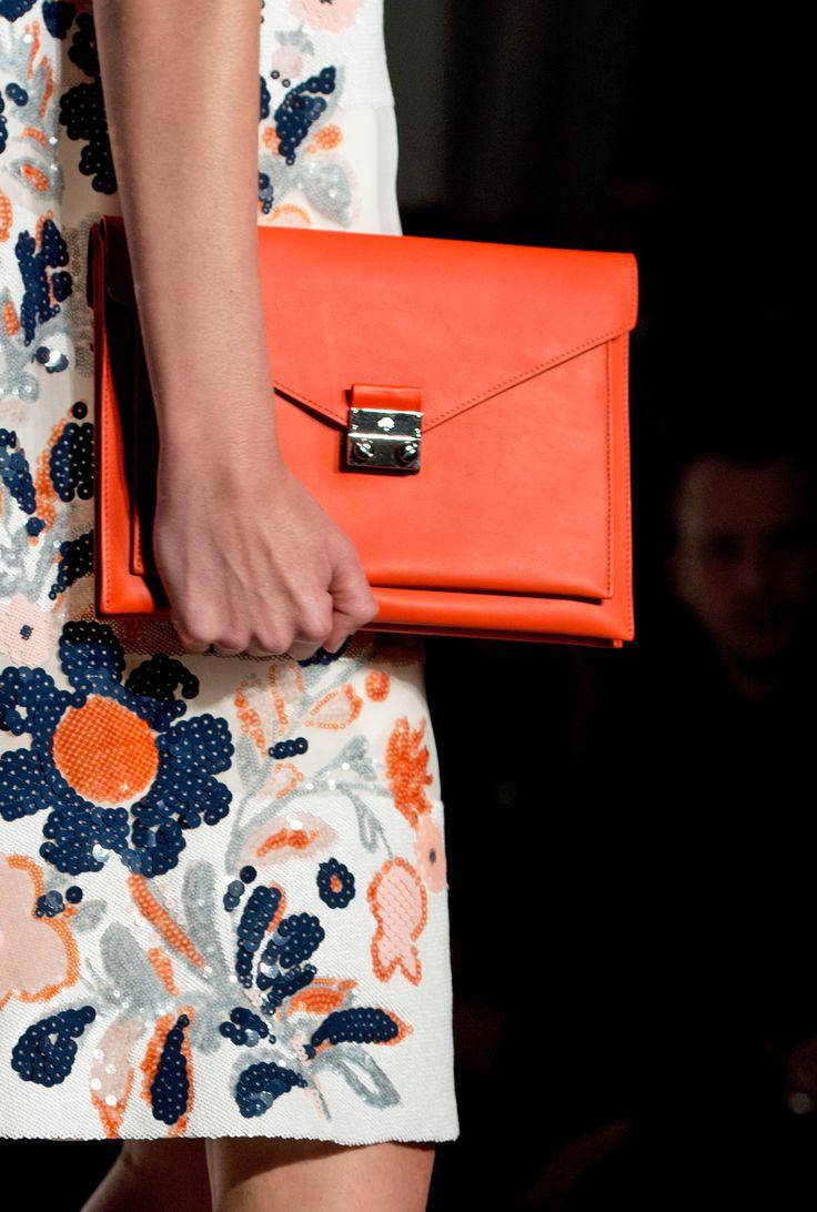 Detail of look 26: Mulberry Kensal Shoulder Bag #LFW