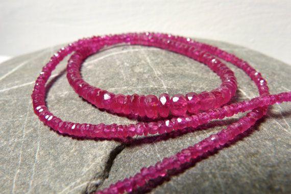 Elegante Rubin Halskette super Qualität von Sparklinginside auf Etsy Elegant ruby necklace by Sparklinginside, Etsy