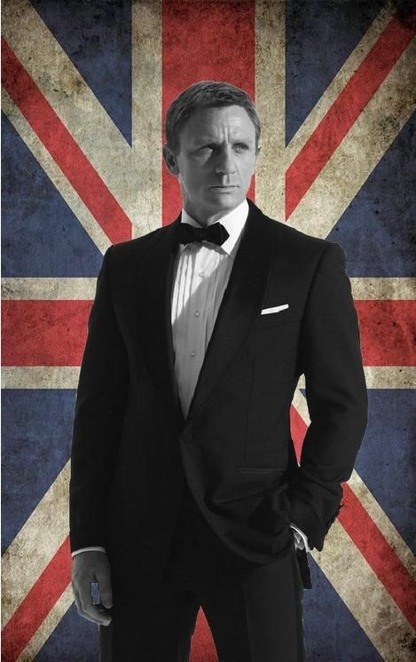 Daniel Craig as 007 by N@ruto Kaari$