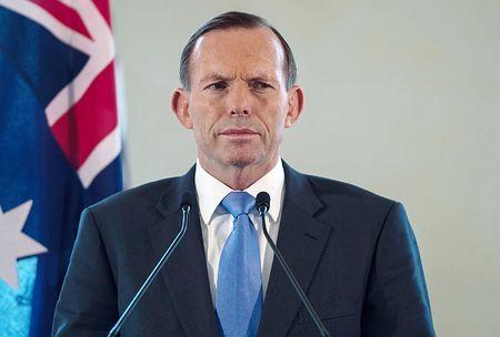オーストラリアのアボット首相=9月6日、マレーシア中部プトラジャヤ(AFP=時事) ▼13Oct2014時事通信|プーチン氏と「対決する」=マレーシア機撃墜めぐりG20で-豪首相 http://www.jiji.com/jc/zc?k=201410/2014101300240 #Tony_Abbott