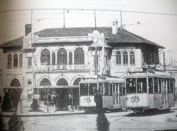 Kadıköy - Bostancı tramvayları.
