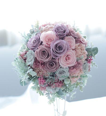 ラウンドブーケ プリザーブドフラワーで 秋の新色、ニュアンスカラーのブーケ 東京堂さん展示3の画像:一会 ウエディングの花