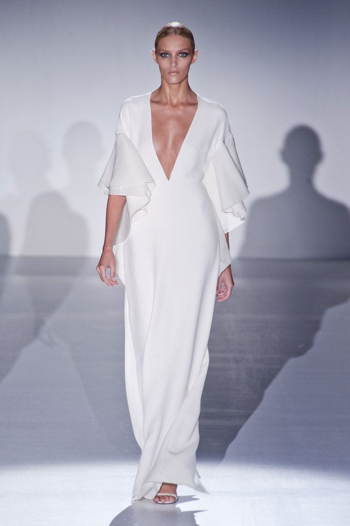Gucci Spring 2013: Anja Rubik, Gucci Spring, Spring2013, Runway Fashion, Spring Summer, Milan Fashion Week, Dreams Dresses, Spring 2013, White Gowns