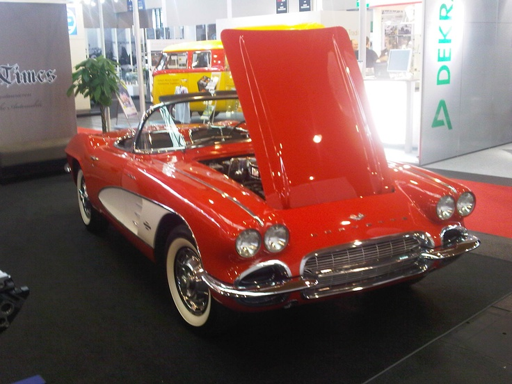 I had another dream - Chevrolet Corvette Convertible - pic is our own - restored by Old Times http://oldtimes-customs.de/ - picked up at Classic World Lake Constance 2012.