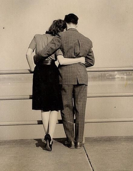 1950s couple in love <3