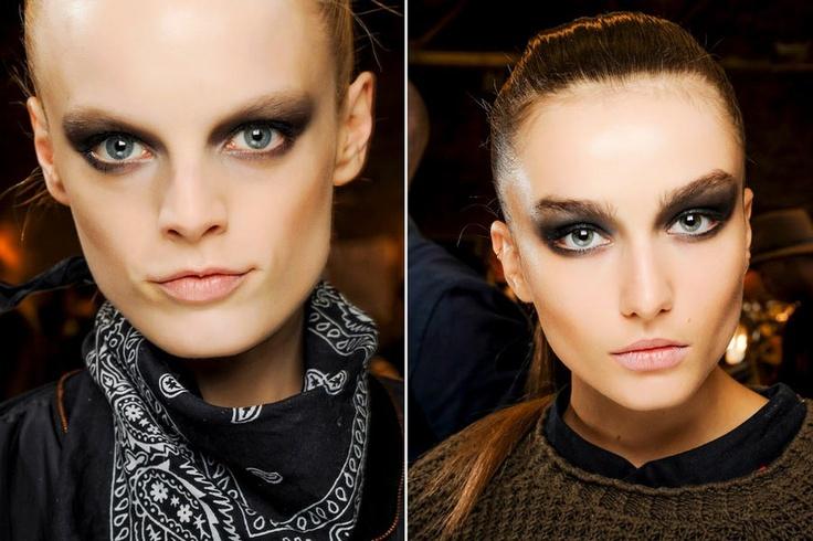 Beleza gótica-punk-glam é tendência nas passarelas internacionais - Vogue | Beleza