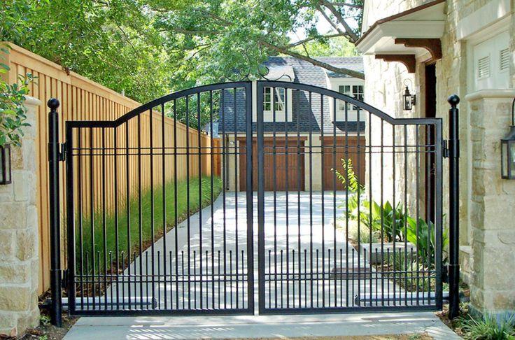 Best 25+ Iron Gates Driveway Ideas On Pinterest
