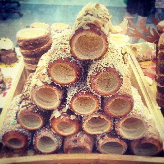 www.kurtos-kalacs.com Chimney Stack by: 'House of Chimney - Wantirna, Victoria, Australia.... Kurtoskalacs, Chimney cake, Trdelnik, Baumstriezel, Horn Cake, Székely Cake, Hungarian Twister, Куртош калач, Kurtosh or Cozonac Secuiesc.