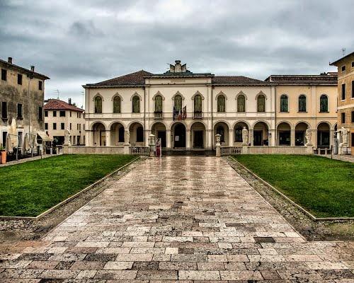 Panoramio - Photo of Castelfranco Veneto - Palazzo del Comune