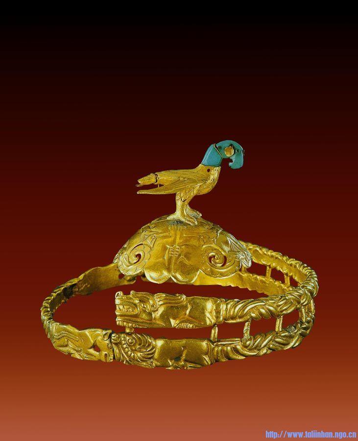 匈奴王金冠,藏於內蒙古博物館