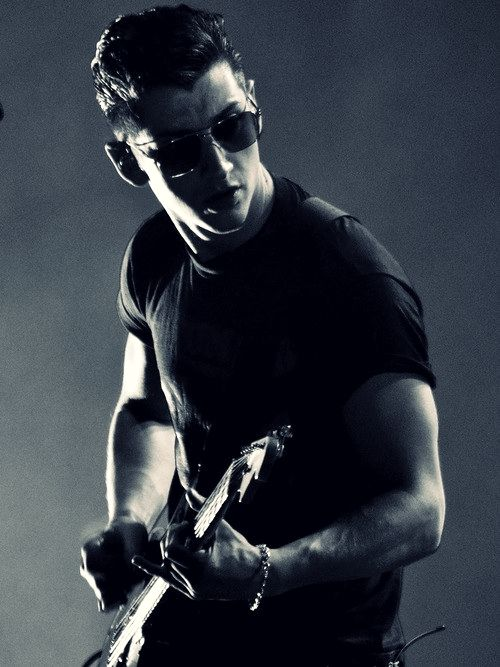 Alex Turner...I could listen to his accent all day...all night...<3