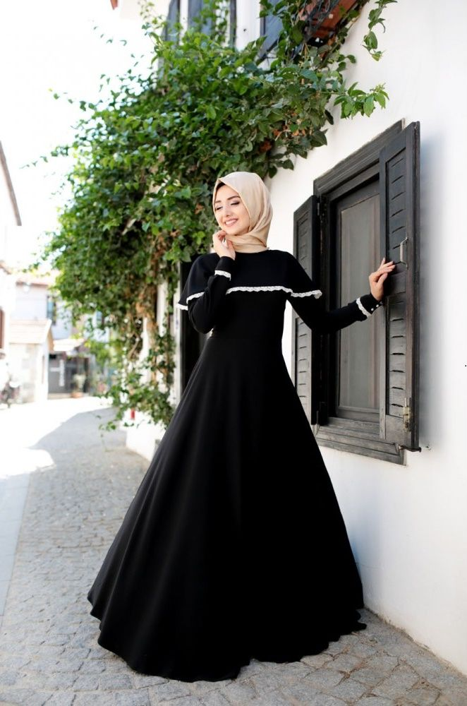 Black Hijab dress- Modest fall trends- Hijab fall trends- Lace hijab dress