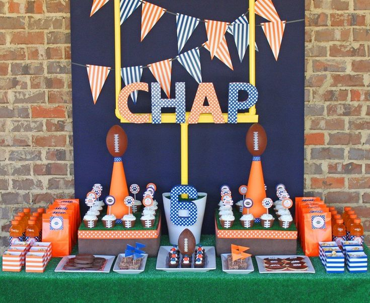 It doesn't have to be NFL season to throw a football-themed birthday party for your lil pigskin fan.  Source: Amanda's Parties To Go