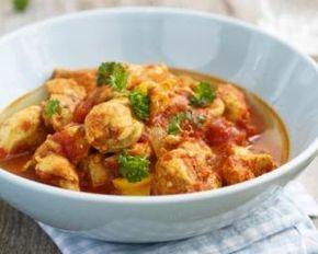 Curry de poulet épicé au lait de coco spécial Thermomix® : http://www.fourchette-et-bikini.fr/recettes/recettes-minceur/curry-de-poulet-pic-au-lait-de-coco-spcial-thermomix.html