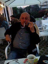 CONVIVENZA MATRIMONIO - sono un uomo tranquillo,vivo solo a MONTEBELLUNA,IN centro citta,in provincia di Treviso,che si trova nella regione VENETO,nrl nord italia. Non bevo,niente di alcolico,ma amo fumare sigarette ogni tanto.Sono stato sposato 42 anni,ed ho avuto un figlio che adesso ha 45 anni.Io ho 65... - http://www.ilcirotano.it/annunci/ads/convivenza-matrimonio-3/
