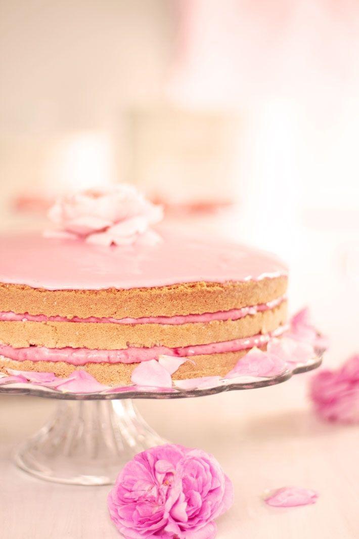 Danish Raspberry Cream Cake