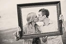 Resultado de imagem para Ensaios fotográficos criativos casal
