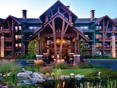 """This is truly a """"four season"""" resort. Each of Crystal Springs' properties—a luxury lodge, a chic hotel, and two country clubs—has both indoor and outdoor wedding venues. From refined ballrooms to lush gardens to shabby-chic wood pavilions, you'll find something beautiful for every time of year 