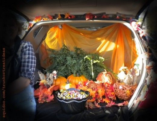trunk or treat halloween decor fall theme leaves