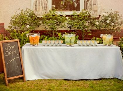 8 best images about christmas outdoor lunch ideas on for Christmas lunch table setting ideas