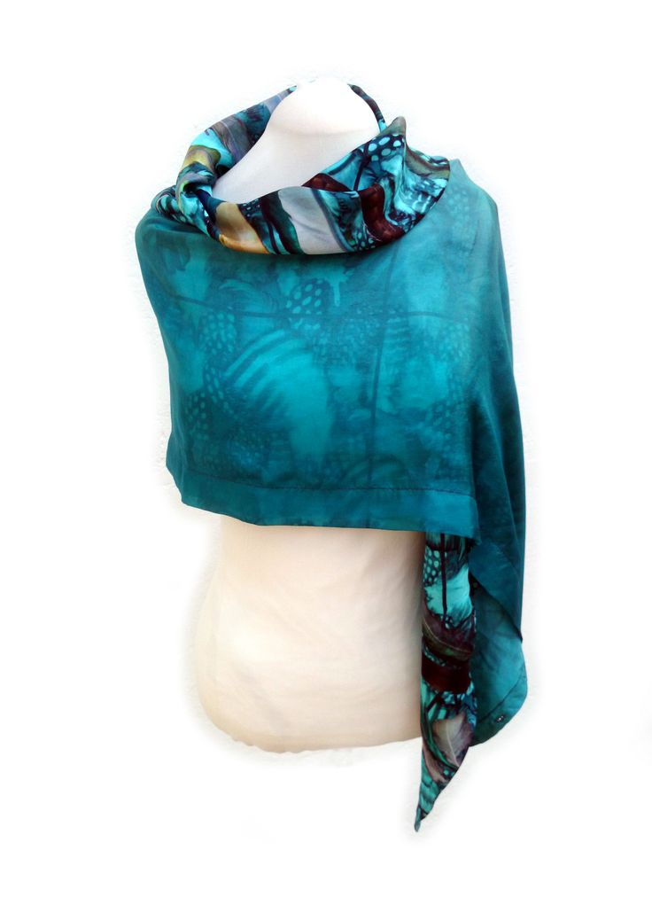 double layered scarves can be very surprising!
