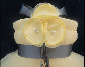 Grey Yellow Flower Girl Dress от StrawberrieRose на Etsy