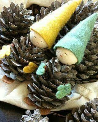 Diy little dolls pinecones