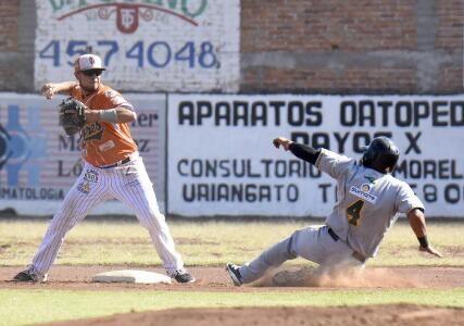 Cancún, Quintana Roo (www.tigresqr.mx / Pablo Correa) 31 de diciembre.- El Club Tigres de Quintana Roo continúa con su desarrollo del talen...
