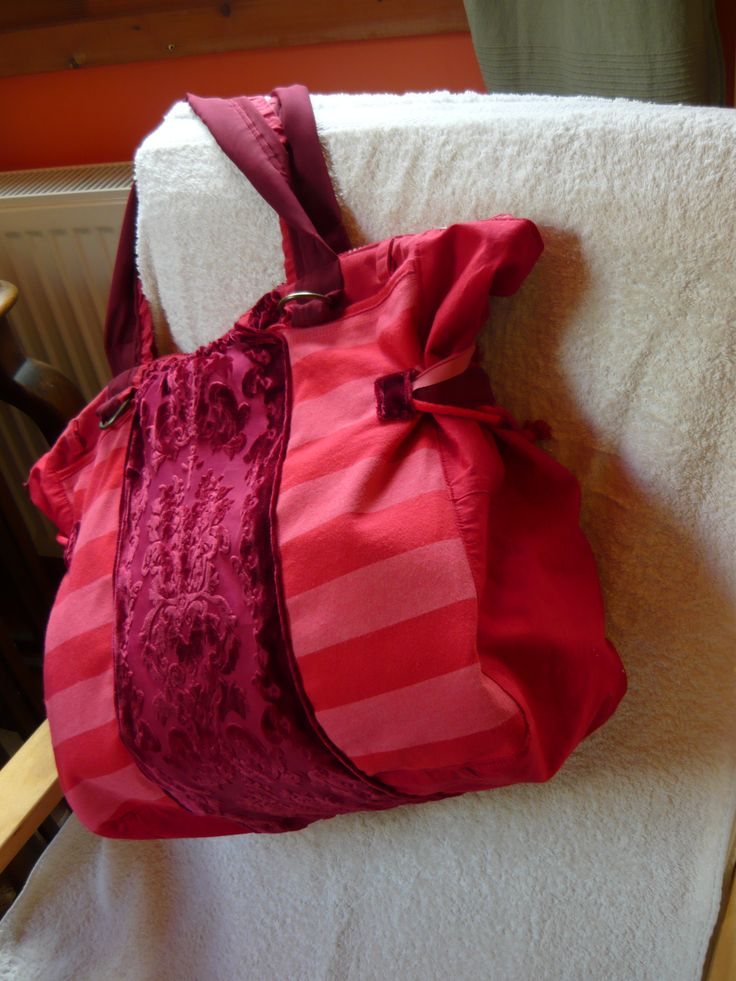 Piros csíkos táska -Handmade by Judy Majoros