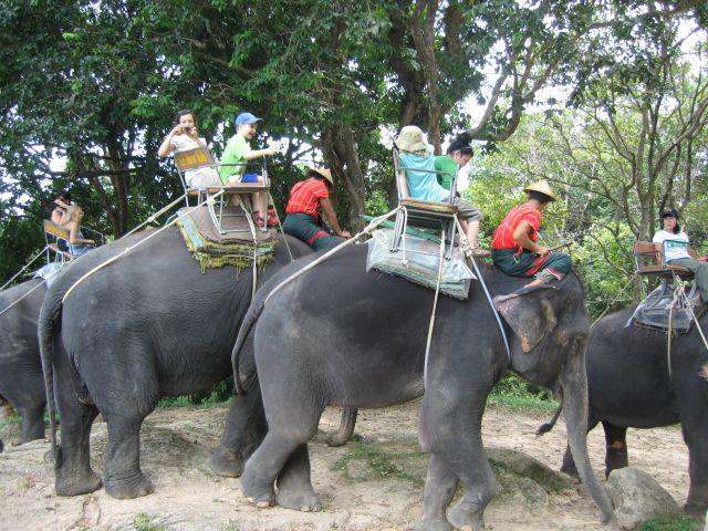 Thailand: Lue vinkit lasten kanssa lomalla Thaimaassa.  http://loma.finnmatkat.fi/thaimaahan-lasten-kanssa/ #Finnmatkat