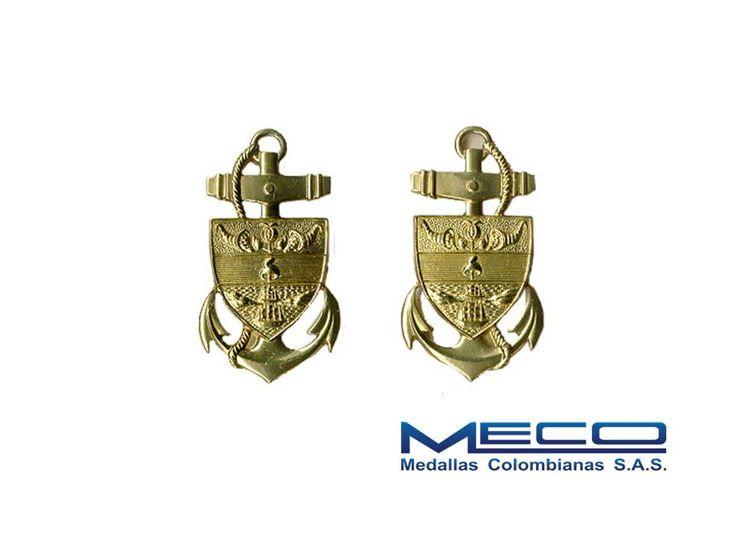 |Distintivo Ancla Pala Guardiamarina de la Armada Nacional hecho en sistema troquelado, a base de crisocal y baño de oro|. #Colombia