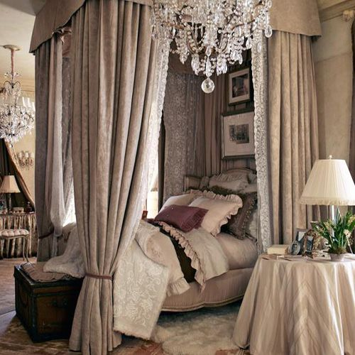French interior design. Very feminine/beautiful but I doubt my BF would let me get away with this... Gotta put my foot down!