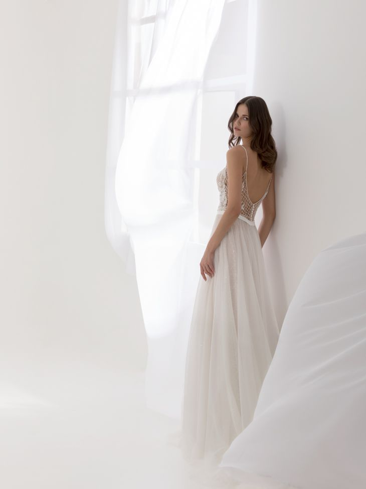 """""""Aurora"""" from Costantino's SS18 Dreamland Collection.    #greekdesigners #weddingdress #bridal #couture"""