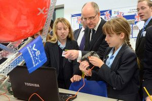 John Warner School joined by minister Nick Gibb for engineering 'red letter day' | Hertfordshire Mercury