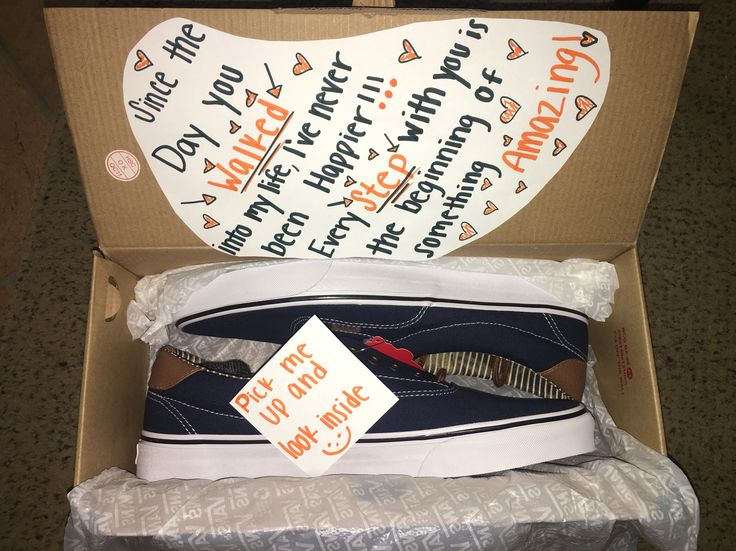 For my boyfriend and I one year anniversary I got him some shoes and I thought I would jazz it up with something cute, creative and punny.