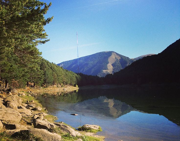 Le lac d'Engolasters près d'Andorre-la-Vieille #trip #Andorra
