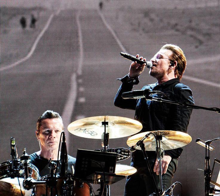 Where The Streets Have No Name name seems to be an appropriate title. @u2.bono @u2start @u2news @u2 @u2fannpage #u2 #u2thejoshuatree2017 #u2fans #bono #larrymullenjr #adamclayton #theedge #pocket_tunes #igw_rock_details #band #group #concert #liveshow #music #musician #jamming #rockandroll #rocknroll #artist #singer #rockband #bands #pop #livemusic #live #dancing #dance #instamusic #festival #singing