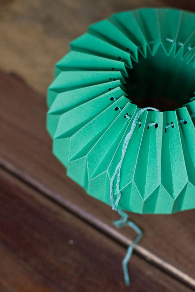 Best 25 origami ball ideas on pinterest for How to make paper lamp step by step