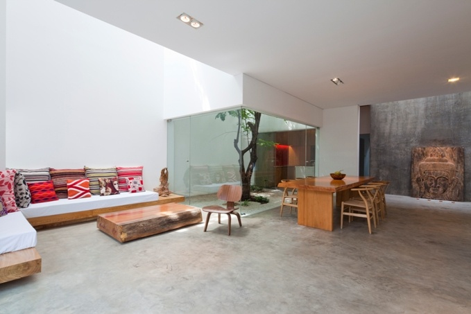 M11 house by Vietnamese architecture firm A21 Studio System.