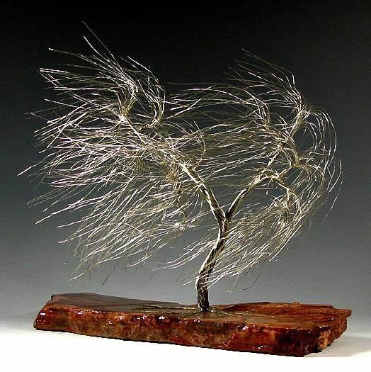 LOVE the movement in this wire tree.