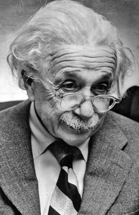 albert einstein a biography of a beautiful mind For most of his adult life (see note on schizophrenia below) alicia  student in  the late 1940's, albert einstein was still a professor there (he died in 1955.