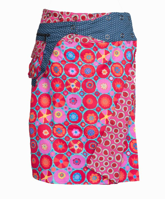 Not quite my style in preferences of colour fabric style. no thanks but I can definitely see what this skirt meant to the designer! This is more pop and funky colours and what not...