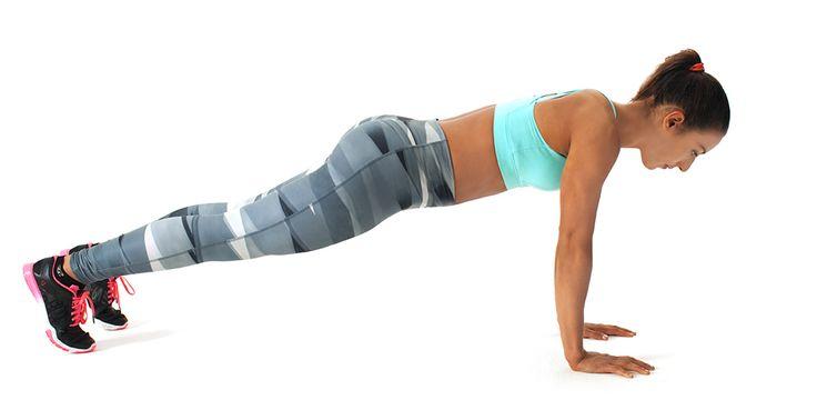 Her mit dem Sixpack! Mit nur vier kurzen Übungen kommt ihr eurem Ziel ein Stückchen näher.