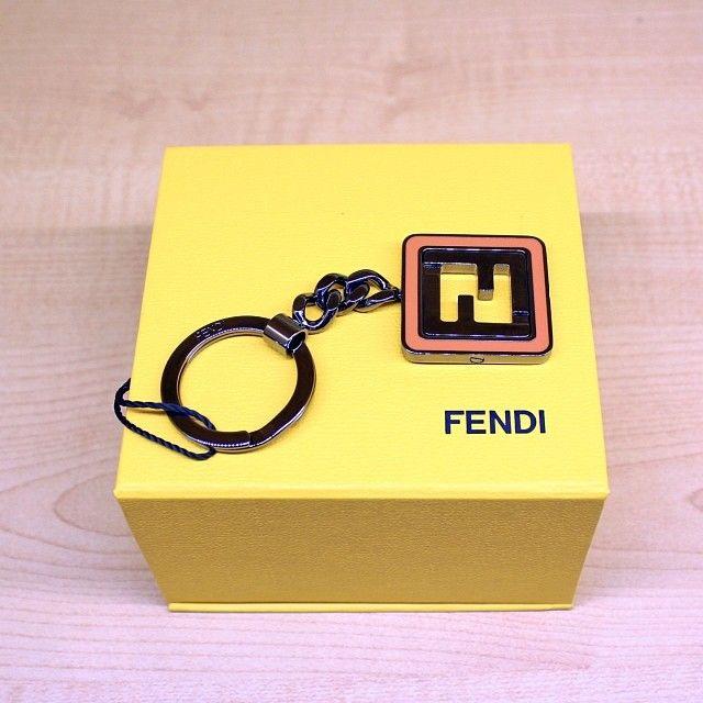 FENDI keyholder http://www.modahouse.com/  #fendi #keyholder #modahouse #modaoutlet #dubai #uae