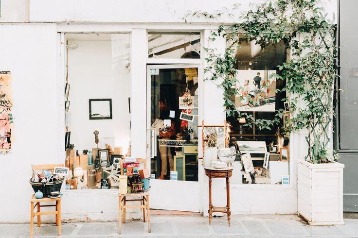 The+Paris+Journal:+Vintage+Finds+in+Rue+Saint+Paul