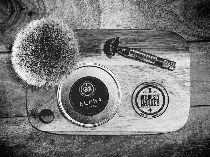 #SOTD #wetshaving #shavelikegrandpa Razor: Rockwell 6c on 1 Brush: Yaqi Silvertip Badger Soap: Thirsty Badger Alpha Other: Thirsty Badger lather bowl