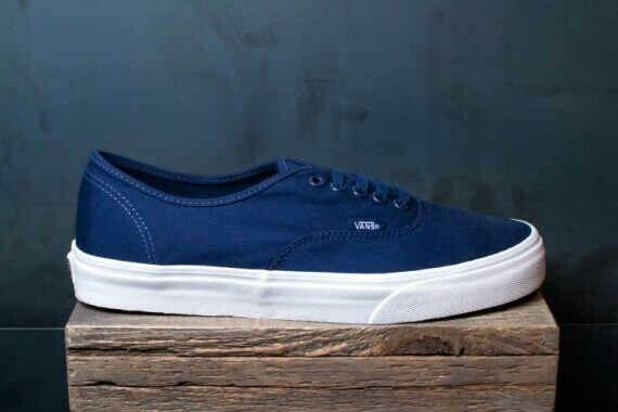 Vans authentic mono bluedress ICC 37-44 290rb